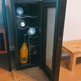 「ワインセラーで自宅がラグジュアリー空間に」の画像(2枚目)