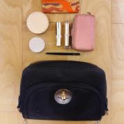 「いつも少ない荷物です。」【30名募集】鞄の中身と一緒にお洒落に撮影&投稿!ローズフレグランスサプリモニター大募集!の投稿画像