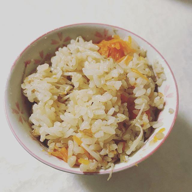 口コミ投稿:まるごとキューブだし(R)で炊き込みご飯を作ったよ😃まるごとキューブだしは化学調味…