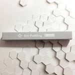 アイプリン ピンクオークル 2ml ‹美容液入りコンシーラー›うるおい美容液コンシーラー 『アイプリン』コンシーラーと美容液のWケアで肌トラブルをサポート。サッとひと塗りで目元を集中保…のInstagram画像