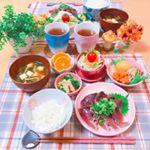 **𝕕𝕚𝕟𝕟𝕖𝕣 𝕞𝕖𝕟𝕦 ୨୧ 肉じゃが୨୧ 大根サラダ🥗୨୧ 鰹のタタキ୨୧ 小松菜とお揚げの煮浸し୨୧ ごはん୨୧ 豆腐とえのきとわかめのお味噌汁୨୧ みかん…のInstagram画像