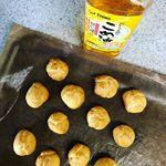 日本茶話題の焙じ茶スイーツ❤️ ..私も食べたい🥰🎶...米油を使ってシュークリーム作り💕..米油はお菓子にもお料理にもとっても使いやすい万能なお気に入りさんで…のInstagram画像