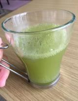 「フルーツと野菜の青汁」の画像(3枚目)