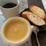 #モンマルシェ さんからお送り頂いた #野菜をもっと !! の人気シリーズ  #レンジ #カップスープ  がなかなかに美味しかったです。わりと具材が大きい。一人暮らしを始めた長男の新居にも置いてきまし…のInstagram画像
