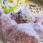 株式会社KAWAGUCHIさま ( #kwgc_fan )の布で作るみつろうラップ 🐝をお試しさせて頂きました☺️🌈みつろうラップとは、みつろうを布に染み込ませて作る手作…のInstagram画像