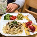 *#幼児食記録**DAY1183-3------------------------------・出汁昆布オリーブオイルとキノコのパスタ(アルチェネッロの有機スパゲティ、自然塩…のInstagram画像