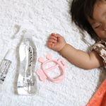 ウィルスなどが気になる季節おりりがさわったりなめてしまうおもちゃや身の回りの除菌に@shuppa__  さんのノンケミカルで赤ちゃんにもやさしいスプレーを使ってます♡見た目もス…のInstagram画像