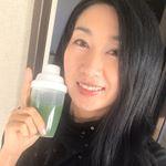 本日の無加工自撮り動画。#コラーゲン青汁 を飲んでみました😇飲みやすくて美味しい💖美 チョコラ コラーゲン青汁 ●野菜の栄養とコラーゲンを一度に摂れる、チョコラブランドのコラーゲン青汁…のInstagram画像
