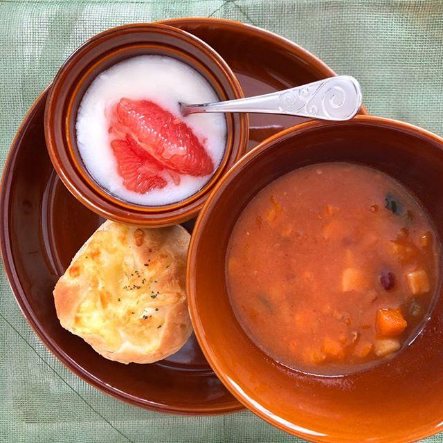 口コミ投稿:.寒い朝は温かいスープが飲みたくなってミネストローネを。.具だくさんでおいしくて…