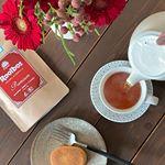 今日はルイボスティー。ルイボスティーの中でも、モンドセレクション金賞を受賞のオーガニック認証を取得した最高級グレードの茶葉を100%使用したプレミアムルイボスティー。香りが良い〜✨頂き物の…のInstagram画像