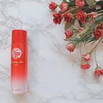 『ドゥ サンクィル ローション』こちらは長野県五島列島の自然の恵みをふんだんに使ったローション🍃白から赤ののきれいなグラデーションのボトルは、五島が誇る名花の玉の浦椿をモチーフにイメー…のInstagram画像
