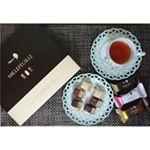 メリーチョコレートミルフィーユチョコレート、アーモンド、ストロベリーの3種類。サクッと軽いパイ生地でサンドされたなめらかなクリームには、美容にうれしいコラーゲンが1個あたり100㎎…のInstagram画像