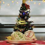 ★プレミアムフローズンくりーむパン★八天堂 ( @hattendo_official )のくりーむパン✨Yahoo!とかニッセンとかチェックしている時にくりーむパンの広告が表示されるこ…のInstagram画像