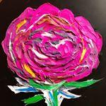 油絵を教わりました🎨な➰➰➰➰んて‼️嘘ですっっっ❗️🤭😁😁実はこれ貼れる絵の具🖼立体的になって面白いです♬そして ぺろり➰ん と剥がれます😮😆なのでガラスとかにも描けちゃいま…のInstagram画像