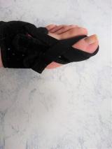 「エイダー 外反母趾矯正親指サポーター レポート2」の画像(6枚目)