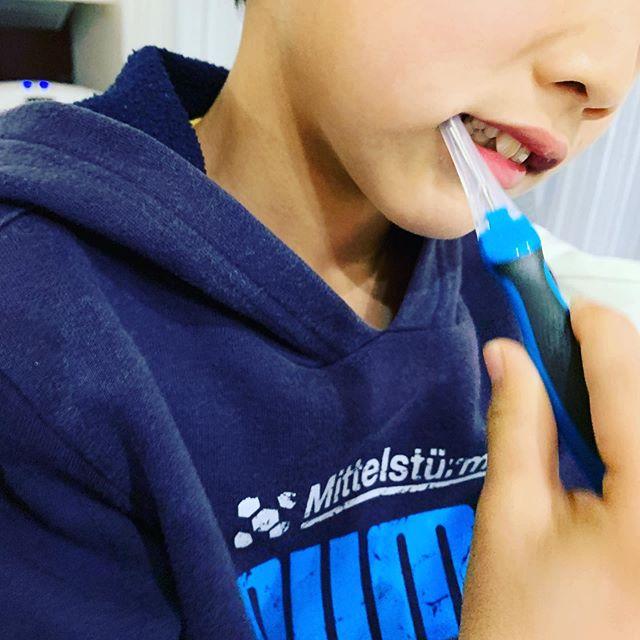 口コミ投稿:《イオン歯ブラシアイオニック》を息子に使い始めて1ヶ月半経ちました☘️ イオンの力…