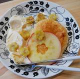 八天堂のフレンチトーストにスターカットりんごを添えての画像(3枚目)