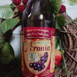 有機アロニア 100%果汁皆さんアロニア果汁ってご存知ですか。アロニアは北米原産のバラ科の小さい果汁なのですが、その果実にはポリフェノールやアントシアニンがたくさん含まれています。…のInstagram画像