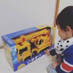 ㈱ジョブインターナショナル様から、「はたらくくるまの知育玩具♪ブルーダーMANクレーントラック」をモニターとしてプレゼントしていただきました‼️.息子はもうすぐ2歳ですが、働く車がだーいすき♥…のInstagram画像