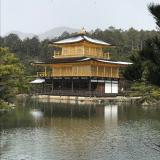 三重・京都旅行④ 雪の金閣寺の画像(2枚目)