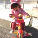 3/3は三輪車の日だそう。知らなかった〜。大好きなアンパンマンの三輪車が大好きな娘❤️...#三輪車 #3月3日は三輪車の日#アイデス #monipla #ides_fanのInstagram画像