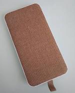 #モバイルバッテリー株式会社オウルテック様のモバイルバッテリーです😊🌈. ファブリック生地を使ったモバイルバッテリーなんです!暖かみもあってさわり心地もよくて◎グレーもあるみた…のInstagram画像