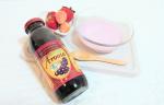 ..有機アロニア100%果汁⸝⋆.ポリフェノールがブルーベリーの5倍˖⋆活性酸素を消去する抗酸化力が高いから、エイジングケアに◎.食品添加物,防腐剤不使用♕…のInstagram画像