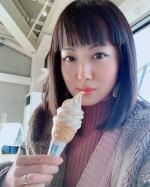 🍦#softcream 🍦こちらは・・・ @nanairo.nanae ✨で食べられる【小原のミニガラナソフト 😋】  通常350円の#ソフトクリーム を#冬季限定 で小サイズ250…のInstagram画像