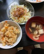 3/3 ひな祭りの夕食実家からもらってきたんだけど私のためにちらし寿司にできなくてごめん…私もちらし寿司食べたかった~海鮮食べたい~~ #クリンスイ #Cleansui #おいしいごは…のInstagram画像