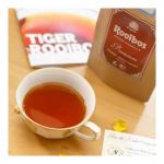 最高級グレードの茶葉100%使用 『プレミアムルイボスティー』深い香りとこくのある味が濃厚でとっても美味しいです。クッキーと相性が良いなと思いました。落ち着く香りで癒されます。南アフリ…のInstagram画像