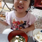 「長女」【こどもの笑顔あふれるおいしい食卓風景】写真コンテスト!「お祝いの春!祝いの食卓に子どもの笑顔を咲かせよう♪」の投稿画像