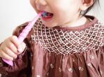 𓆸🦷🦷🦷たくさん歯が生えてきた娘に@curaproxjapan さまの歯ブラシをお試しさせていただきました☺️まず、カラーがかわいい💕ビビットなカラーに娘の食いつきが😆✨✨もと…のInstagram画像