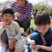 「ぜひ」【こどもの笑顔あふれるおいしい食卓風景】写真コンテスト!「お祝いの春!祝いの食卓に子どもの笑顔を咲かせよう♪」の投稿画像