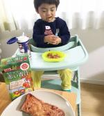 ..モリママの赤い青汁❤️🧒👦🥤🍓@fruitsmoringaslim.赤い青汁の粉を混ぜたフレンチトーストを息子と作っておやつに食べました🍽ほんのり苺味🍓息子はこの青…のInstagram画像