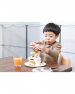 20200406.外食に中々行けないのでおうちカフェにしておやつのパンケーキタワー ⚐˒˒.ヨーグルトソースと ロンガンハニーをかけてバナナとぶどうをトッピング ◡̈*♡.…のInstagram画像