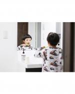 20200408.おはよう☀︎朝ごはんのあとは歯磨きしゅっしゅ𓂃꙳⋆.スイス生まれの@curaproxjapan のかわいい歯ブラシ ♩♩.色もかわいくて子どもが握…のInstagram画像