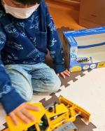 キャタピラーの動きがかっこいい!#ブルーダー #bruder #おもちゃ #玩具 #知育玩具 #はたらくくるま #キャタピラー #monipla #jobinternational_fanのInstagram画像