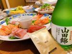 本日は我が家で手巻き寿司🍣お寿司屋さん行けないのでお家で気分あげますっ🔥.お酒を飲むときは#飲みすぎ対策サプリメント #エカス と一緒に😊明日からまた仕事ですし次の日に…のInstagram画像