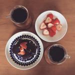 朝のコーヒータイム.お気に入りのコーヒー屋さんで挽いてもらった豆がなくなったので買いに行かねば....#おうち時間 #おやつ #おやつの時間 #おやつタイム…のInstagram画像