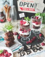 ▶︎今日のLuLu Caféメニューチョコブラウニーのグラスケーキ濃厚ブラウニーにホイップクリームとラズベリーやブラックベリーをトッピング🎉…のInstagram画像