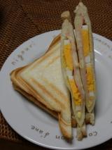 朝食にホットサンドの画像(1枚目)