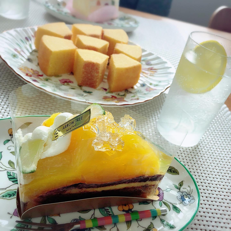 口コミ投稿:今日の豪華なお茶の時間。岐阜バームクーヘン専門店よしやさんから、今回はオレンジ…