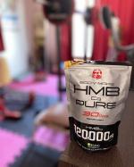 筋トレが趣味の旦那さん👨🏽🦱 .HMBピュアを飲んでトレーニング頑張っています💪🏾夏に向けて身体作り頑張れ💪🏾.私も負けずにダイエット頑張らなきゃヤバイ👙🐖💦 ...…のInstagram画像