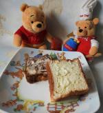 【とろける食パン】 @hattendo_official 様のとろける食パン🍞。 八天堂様のとろける食パンは、生地にマーガリンや発酵バターを幾重にも折り込んである贅沢なパン。冷凍でお送りいただ…のInstagram画像
