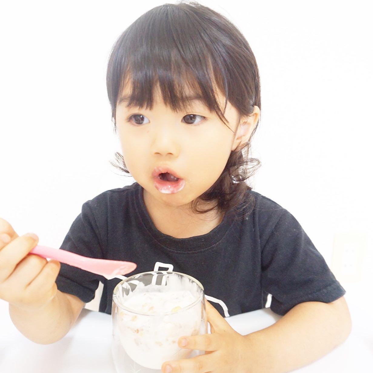 口コミ投稿:ゆあの爆食いシリーズ🤗💓..今日は牛乳で作ったホームメイドヨーグルト&フルグラだよ❣…