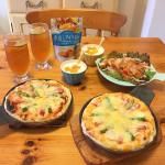 トロピカルフルーツアイスティーと手作りピッツァ。美味しい!🍹😋🍕Il tè freddo alla frutta tropicale e la pizza fatta a mano. Buoni!…のInstagram画像