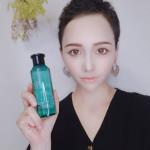 .化粧水レポです♡..ドゥーナチュラルハイドレーティング ローション(しっとりタイプ).現代女性のストレス肌、ゆらぎ肌に着目した化粧水です.角質バリア成分と天然の保…のInstagram画像