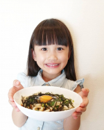 かき醤油でぶっかけうどんを作りました✨✨かき醤油は広島の牡蠣から滋養とうまみのエキスを抽出し、醤油とブレンドした高級濃厚つゆです!!☆芳醇な香りと深いコクはあらゆる料理に醤油以上のおいしさ…のInstagram画像