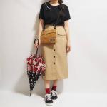 プチプラでお馴染みの靴のヒラキのレインシューズのレビューです😄神戸住まいなので、岩岡店に何度か行ったことがあります👍️過去に180円スニーカーが発売された時はびっくりして、3足色違い…のInstagram画像