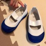 ヒラキの上履き.ヒラキの上履きは子どもの足に優しい設計。0.5cmきざみのサイズ展開だから、ジャストサイズが見つけやすいし、急なサイズ変化にも対応できる♪つま先ゆったり・幅広設計でどん…のInstagram画像